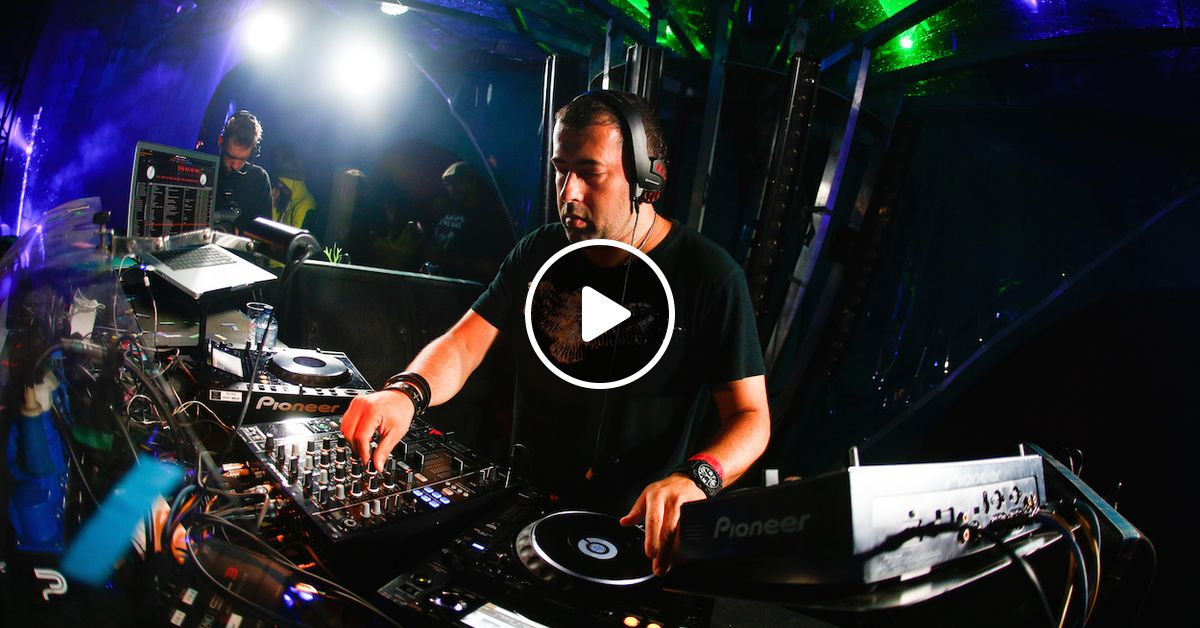 Dave Clarke - live at Fuse (Studio Brussel) by Francisco