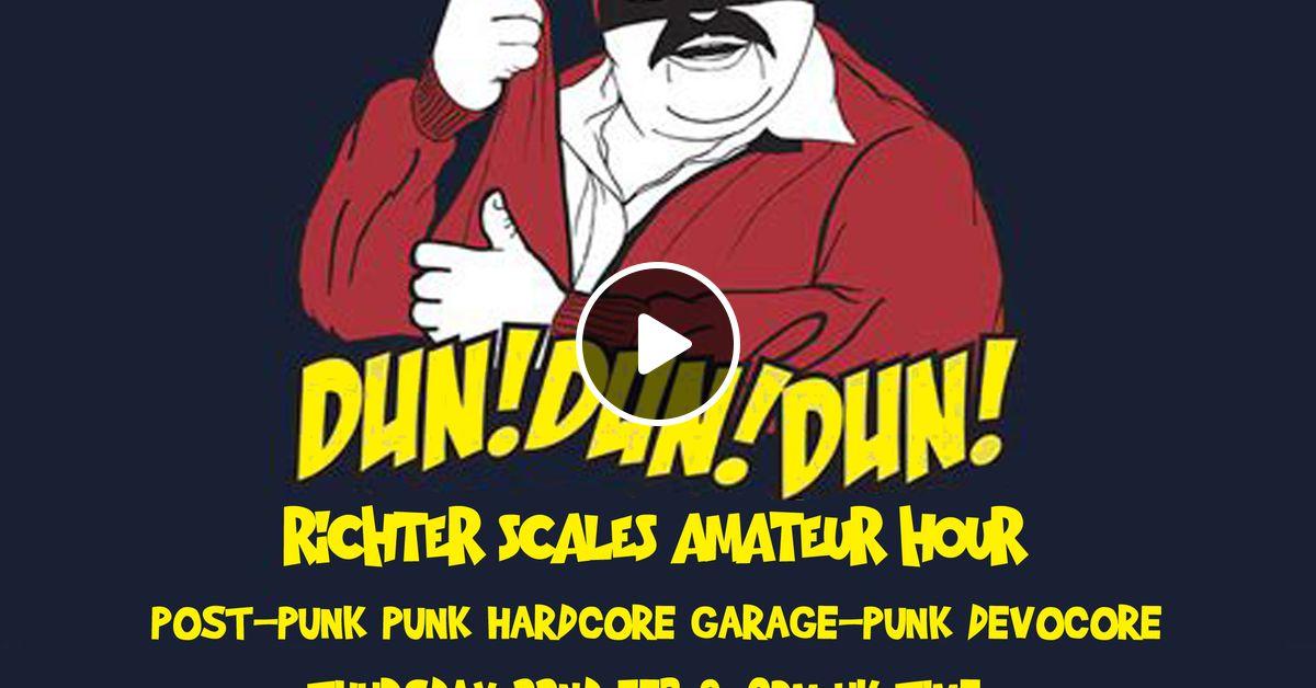 hardcore-scales-busty-blonde-having-sex