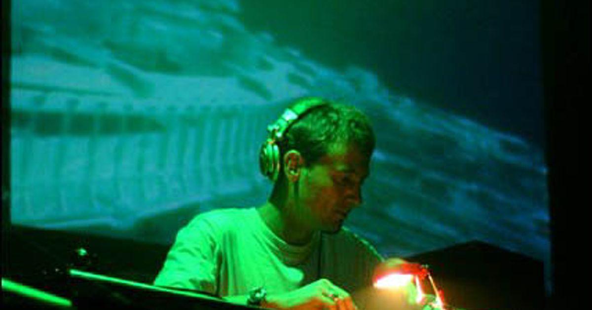 0c8f95225 DJ Tom Baker