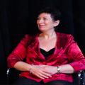 Sarah OLING, Romancière