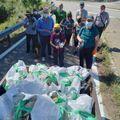 """Es recullen 45 quilos de residus en la jornada """"Netegem lo Meandre"""" de Flix"""