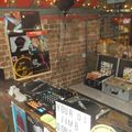 NO ROOM FOR SQUARES 141-ALL VINYL AT MILK READING