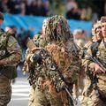 30-5-PMET- FELICITAS ACOSTA - Tratamiento del 25 de Mayo en las escuelas - Desfile del gobierno