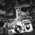 Nick Warren - The Essential Mix:  Live @ Screem in Plymouth (1996-12-01)