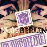 LaRoboterie • Sunday in Berlin