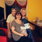 Μέσα από Σένα, Λένα Παντοπούλου με τον Δημήτρη Βαρβαρήγο και τη Νιόβη