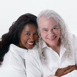04/04 - ♫ Soundcheck ♫ - Tuck & Patti