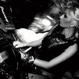 LaOra - Move Bitch ( November Podcast'14)