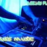 HOUSE MUSIC SHAKEE (DJ FLUKER)