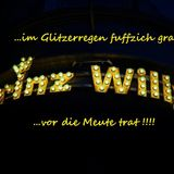 @...im Glitzerregen fuffzich grad - Prinz Willi vor die Meute trat!!!!