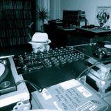 Vapaa ulottuvuus radio-ohjelma 2013-12-25 w/ DJ Ionik (Traveller, Kojak Giant Sounds, Black Economy)