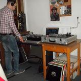 Komoly Mix 121. adás - 2014.04.24. - mixed by DJ San & Deejay Krüge® (house, funk house)