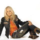 Hit Celebrate - 8 iunie - Bonnie Tyler