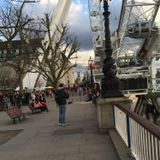 A busker going his own way on Southbank