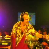 19 03 1998 - Fatboy Slim Live @ Electrolush Nite On The Club Showbox, Seattle, USA