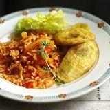 Jollof Rice Wif Fried Plantians 2