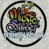 STRICTLY HOUSE 048 IN THE MIX DERRICK DA HOUSE