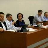 Após audiência pública, vereadores pedem suspensão da instalação da FMC.