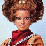 Ladies Lounge 6