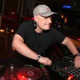 Dave Pearce - Essential Selection (07-Apr-1995)
