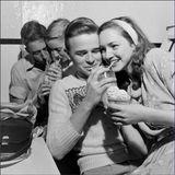 Teenagers In Love - Teen Beat & Doo Wop from the 50s & 60s
