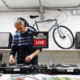 Cristian Adamo Live @ 11 Xmas Music Market — #radio11