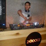 XMASS MIXTAPE BY DJ GOLDEN