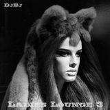 Ladies Lounge 3