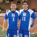 Los handboleros bolsoneses Julián López Mon y Juan Schwartzman y su presente en Ferro