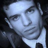 Dialogando - Ospite della puntata un giovane scrittore: Edoardo De Luca.