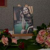 """""""Εγώ αγαπώ αυτή καπνίζει"""" - Αγγελική Μπούλιαρη στο ΡΑΔΙΟ ΑΙΓΙΟ 19-09-2012"""