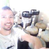 Especial / Otros oficios - Ezki De Basabe - Productor de cerveza artesanal El Sauzal