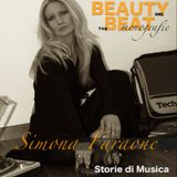 Beauty and the Beat monografie: Simona Faraone