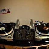 well vamos por la bachata on this 1 por DJ LWi$E....