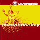 Sven Väth und Carl Cox @ Loveparade 99 Music Is The Key - Berlin - 10.07.1999