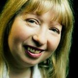 Sunday Classics with Trev Show No. 25 (13/08/17) Featuring Helen Shay (Pictured)