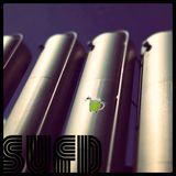 grüner Krug mit Schaum in der Krone