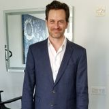 Milling About with Tom Everett Scott