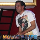 Special for you .... 1.45 minutes of soulful / House!!!! Mix By Dj João Alves