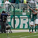 Palmeiras foi muito seguro e venceu a partida