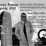 Bruno's Groovy Podcast - Smart Note's Girls on air!