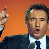 La chronique politique : François Bayrou, faiseur de rois ?