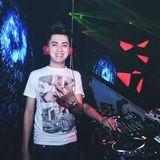 #New Việt Mix || Có Chàng Trai Vẽ Lên Cây Ft Em Gái Mưa - DJ Thái Hoàng Mix ^^