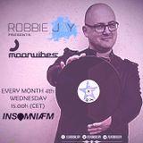 Robbie Jay - Moonvibes Podcast [089] on InsomniaFM (House Set)