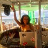 DJ Mutzinka , Holidays
