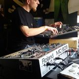 overlast (vinyl) vs Lysergik FR v.s. Chaterton, Mephistouf (live) FR @ the after party  set