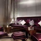Bizarre (Lounge)
