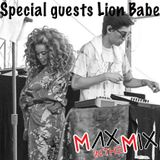 Max In The Mix!! Hot Duo Lion Babe are hanging!!
