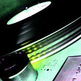 DJ DEVIATE-QUEENSDAY2010