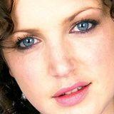 Annie Mac - BBC radio1 (05-18-2012)
